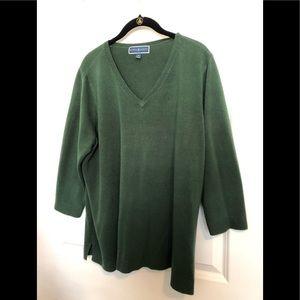 Karen Scott 3/4 sleeve V neck sweater